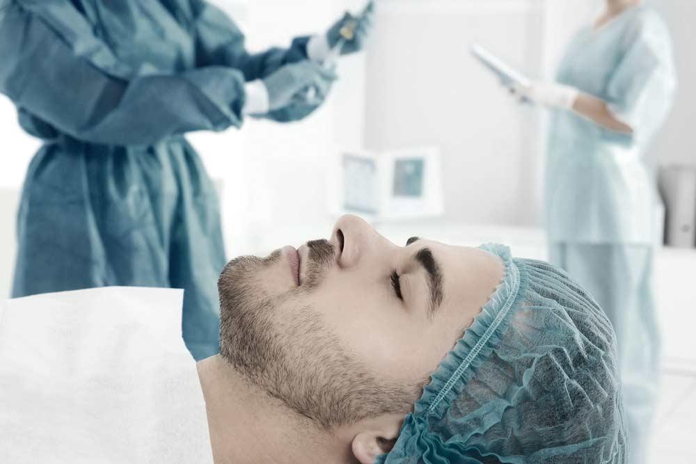 Συνδυαστικές τεχνικές μεταμόσχευσης μαλλιών